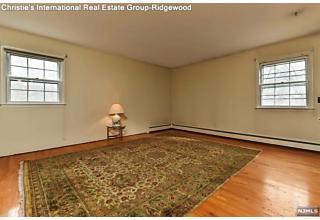 Photo of 259 Sollas Court Ridgewood, NJ