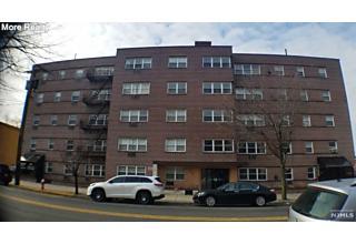 Photo of 559 Anderson Avenue Cliffside Park, NJ