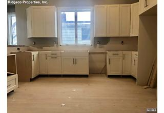 Photo of 1527 Anderson Avenue Fort Lee, NJ