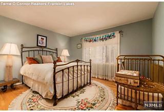 Photo of 868 Meadow Lane Franklin Lakes, NJ