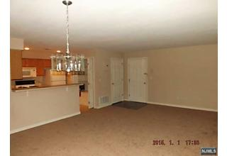 Photo of 12 Mountainview Court Riverdale Borough, NJ