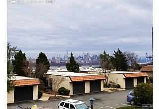 Photo of 300 Gorge Road Cliffside Park, NJ