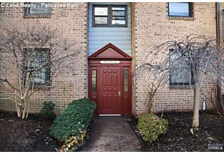 Photo of 560 North Avenue Fort Lee, NJ