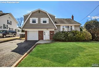 Photo of 24 Hallberg Avenue Bergenfield, NJ