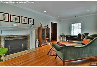 Photo of 40 Westview Terrace Haworth, NJ