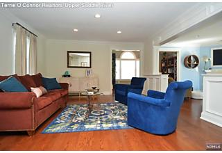 Photo of 4 Yeoman Drive Upper Saddle River, NJ