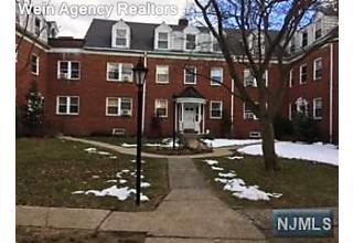 Photo of 735 Elm Avenue Teaneck, NJ