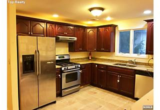 Photo of 441 Hillcrest Place Palisades Park, NJ