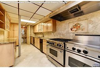 Photo of 139 Middlesex Avenue Englewood Cliffs, NJ