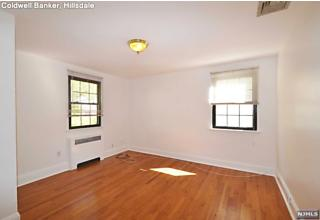 Photo of 69 Knox Avenue Cliffside Park, NJ