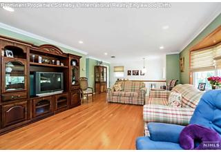 Photo of 13-39 Comerford Place Fair Lawn, NJ