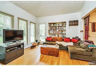Photo of 340 Upper Boulevard Ridgewood, NJ