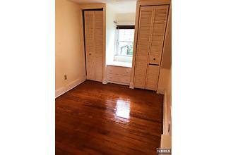 Photo of 414 Smith Place Ridgewood, NJ