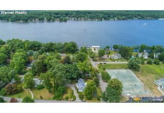 Photo of 11 Lake Avenue West Milford, NJ