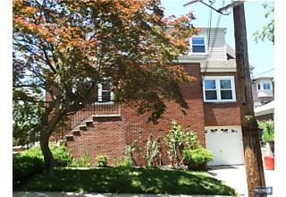 Photo of 517 Lindberg Avenue Cliffside Park, NJ