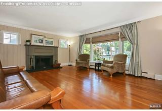 Photo of 343 Windsor Terrace Ridgewood, NJ