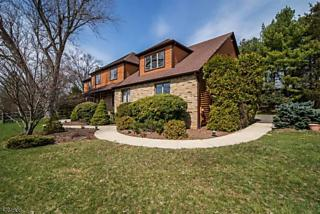 Photo of 105 Fairview Dr Bedminster, NJ 07921