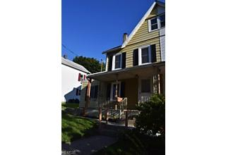 Photo of 110 N Prospect St Lopatcong, NJ 08865