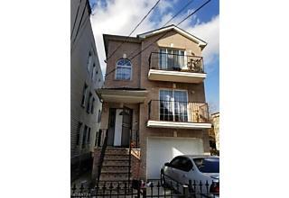 Photo of 55 Montgomery Ave Newark, NJ 07108