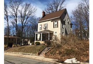 Photo of 435 Lawnridge Rd Orange, NJ 07050