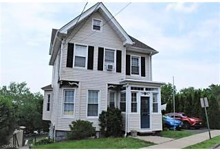 Photo of 18 N Midland Ave Kearny, NJ 07032