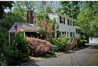Photo of 131 Woodland Rd New Providence, NJ 07974