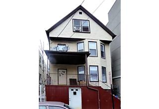 Photo of 530 47th St Union City, NJ 07087
