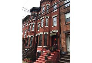 Photo of 257 1/2 York St Jersey City, NJ 07302