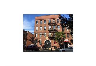Photo of 831 43 St #2d Brooklyn, NY 11232